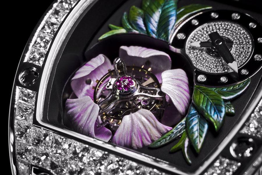 Richard Mille: Tourbillon Fleur RM 19-02, Blüte geöffnet