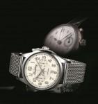 Breitling: Transocean Chronograph 1915 - vorne die Neuauflage, hinten das historische Modell