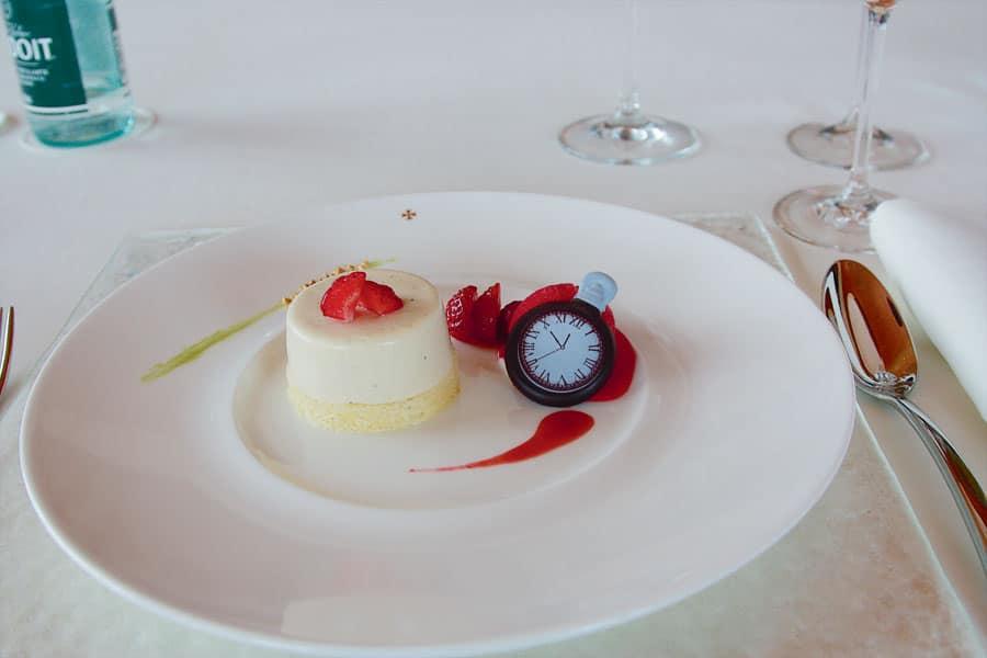 Leserreise Schweiz: Auch das Dessert passt zur gemeinsamen Leidenschaft.