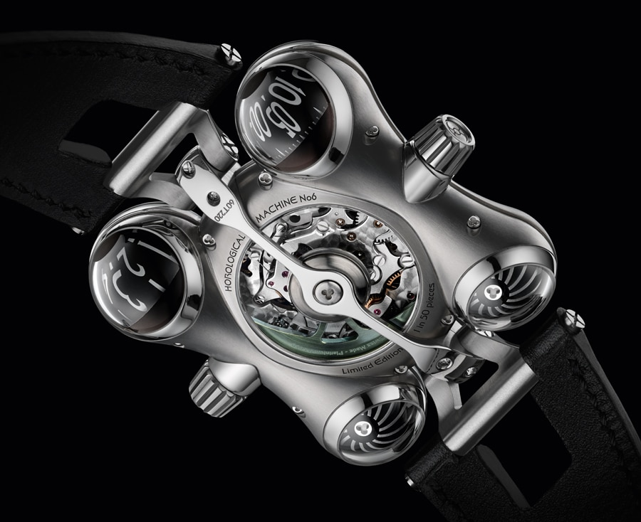 MB&F: HM6 Space Pirate, Rückseite