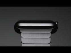 Die Apple Watch mit Edelstahlgehäuse und passendem Band aus 140 Einzelteilen beginnt bei Euro.