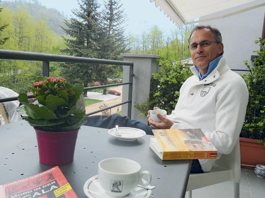 Uhrmacher und Uhrenrestaurator Bernd Eckel