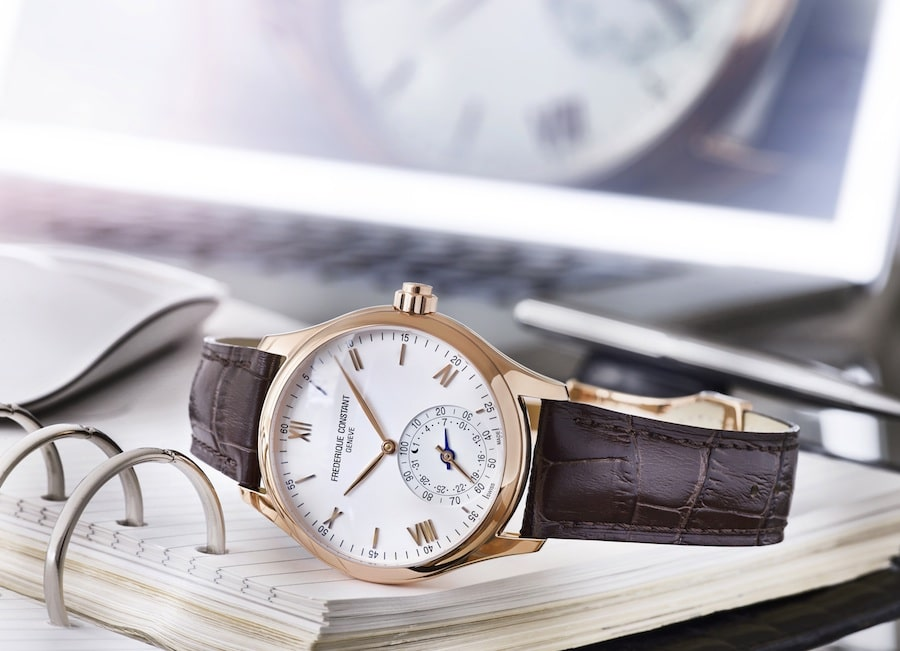 frederique-constant-horological-smartwatch-fc-285V5B4-1