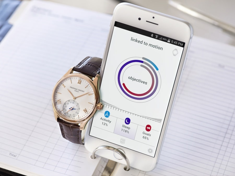 frederique-constant-horological-smartwatch-fc-285V5B4-3