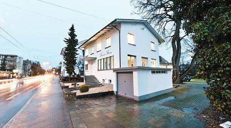 Das Manufakturgebäude von Armin Strom in Biel
