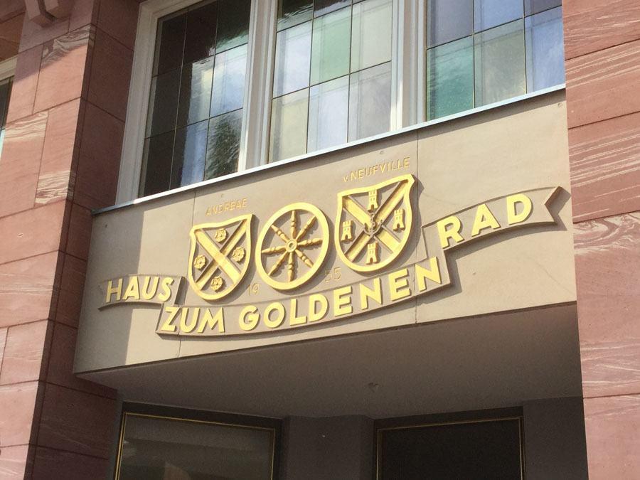 """Im """"Haus zum Goldenen Rad"""" befindet sich die neue Anlaufstelle für die Fans von Sinn."""
