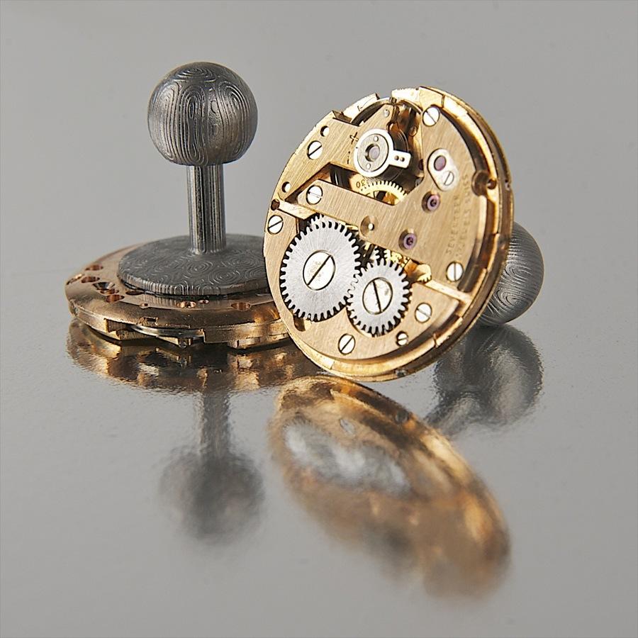 Manschettenknöpfe aus historischen Uhrwerken von Kunst am Werk, Modell Damascus II