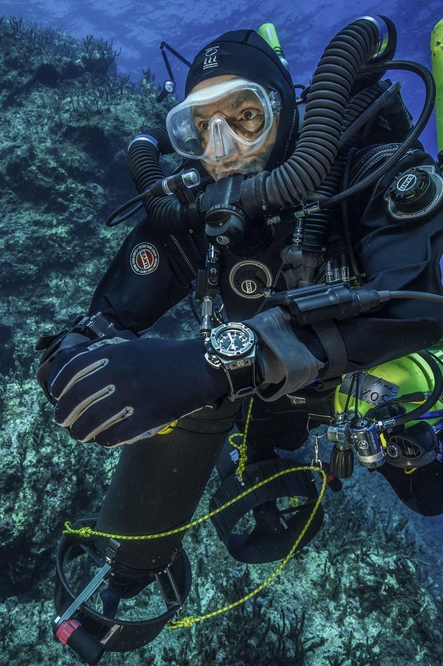 Hublot: Forscher der Unterwasserexpedition mit der Hublot King Power Oceanographic 4000