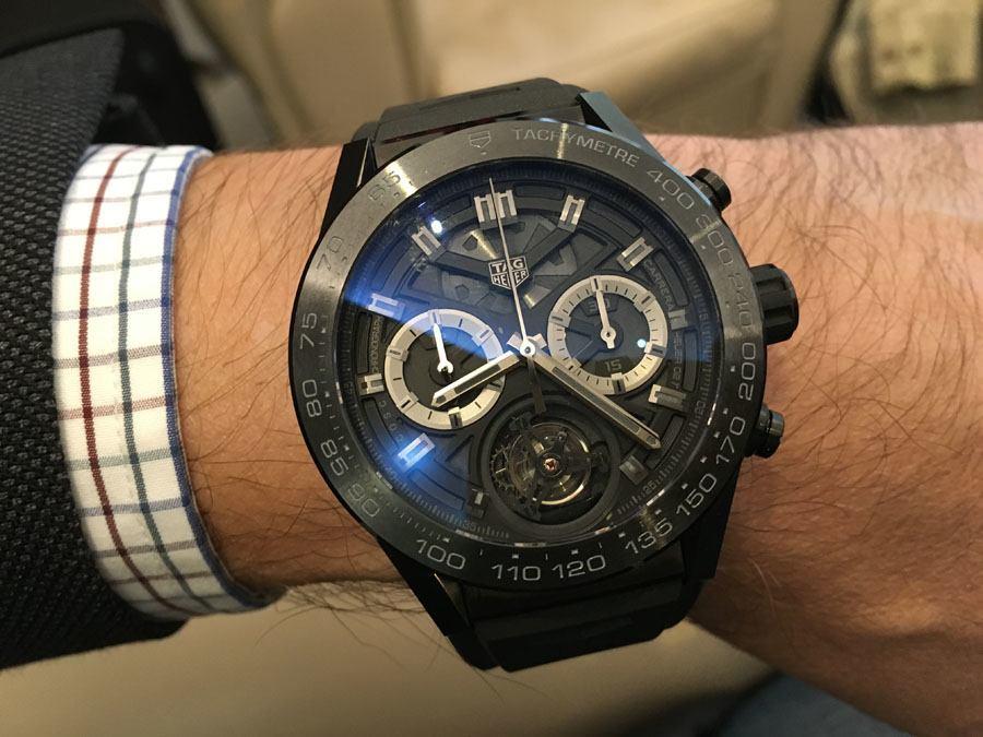 Der Tourbillon-Chronograph Carrera Heuer 02 von TAG Heuer kostet weniger als 20.000 Euro und ist damit ein echter Preisknüller.