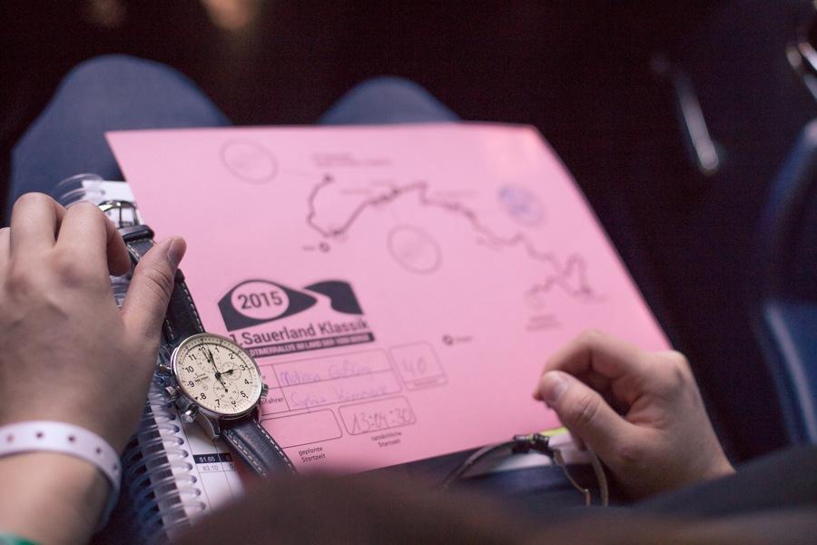 Das UHREN-MAGAZIN testet den Rallye-Chronographen von Sinn Spezialuhren unter Realbedingungen.