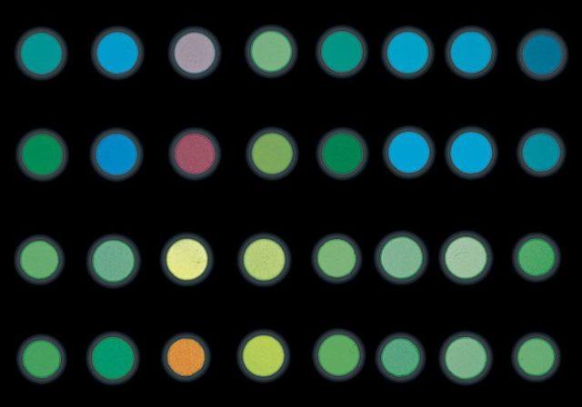 Superluminova gibt es in zahlreichen Farben