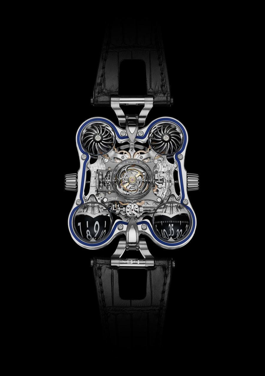 MB&F: Horological Machine N°6 SV in Platin