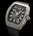 Die Richard Mille RM67-01 misst dank  ihres extraflachen Automatikkalibers CRMA6 nur 7,75 Millimeter.