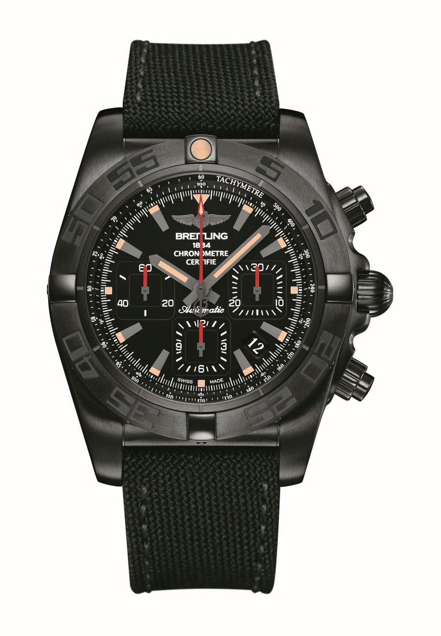 Breitling: Chronomat 44 Blacksteel