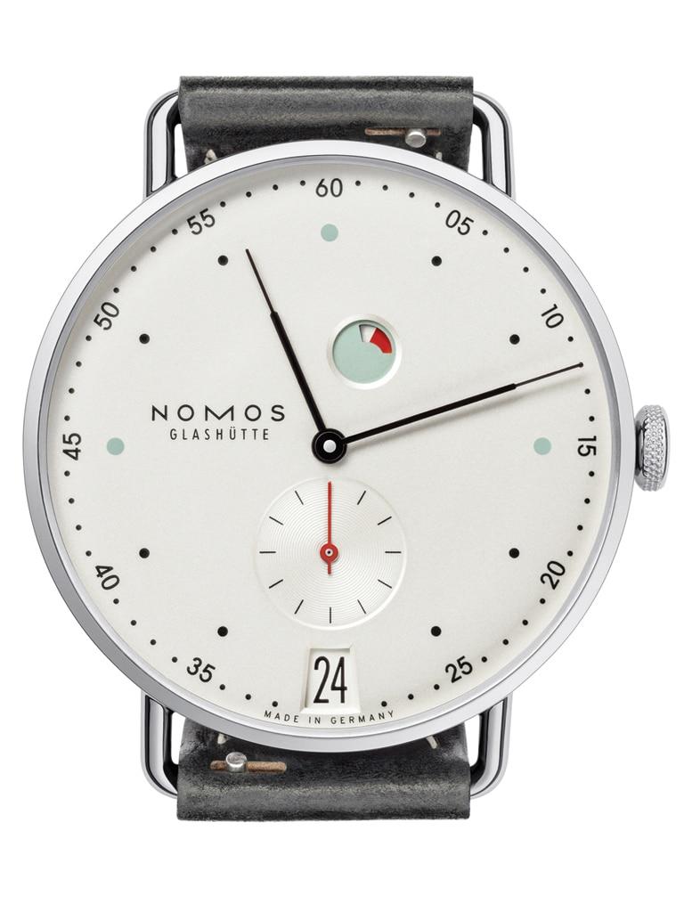 Kategorie B: Nomos Glashütte Metro Datum Gangreserve