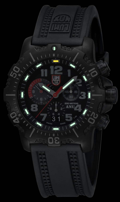 Luminox: ANU 4241 Chronograph Nachtansicht