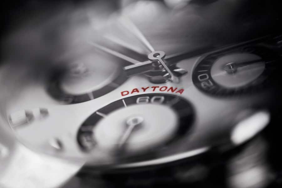 """Der typische """"Daytona""""-Schriftzug auf dem Zifferblatt"""