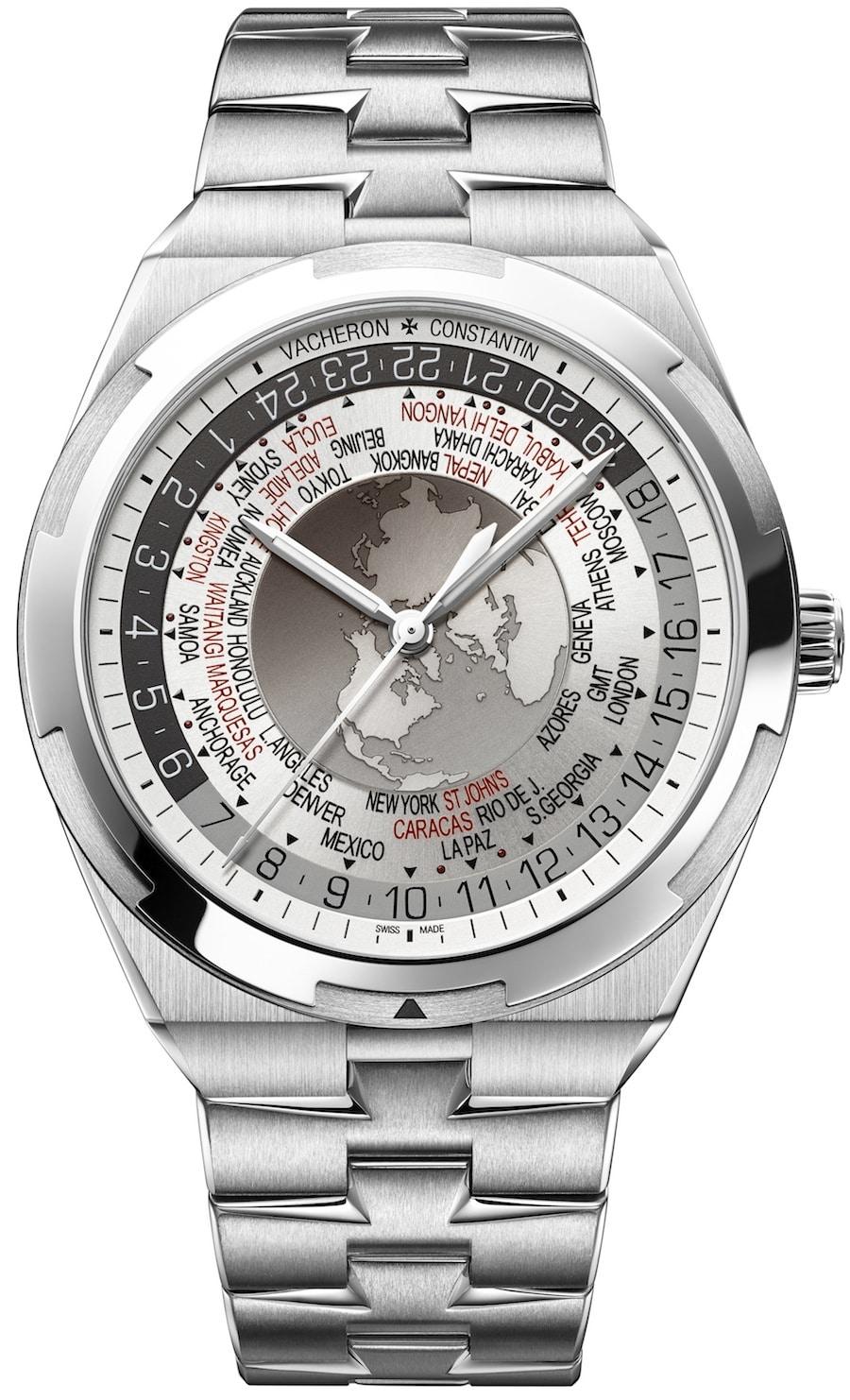 Die World Time Overseas von Vacheron Constantin mit silbernem Zifferblatt und Edelstahlarmband.