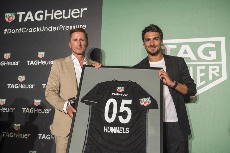 Mats Hummels mit Philippe Roten von TAG Heuer
