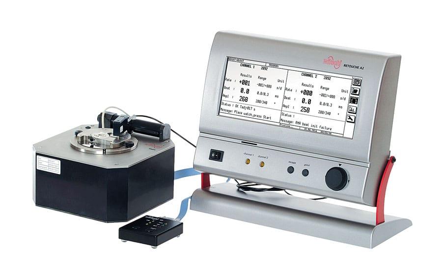 """Das """"Retouche A2 System"""" von Witschi Electronics ermöglicht das automatische Abgleichen von Uhrwerken und stellt dazu Gang und Abfall ein"""