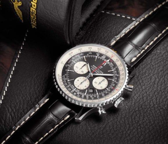 Breitling: Navitimer 1 B01 Chronograph 46 mit schwarzem Zifferblatt am schwarzen Alligatorlederband