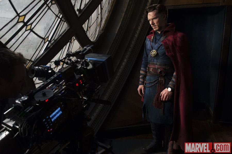 Benedict Cumberbatch alias Doctor Strange trägt die Master Ultra Thin Perpetual von Jaeger-LeCoultre, Foto @marvel