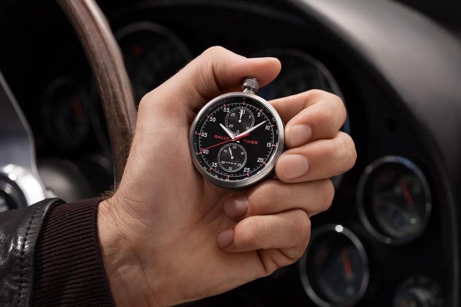 Der TimeWalker Chronograph Rally Timer Counter Limited Edition 100 von Montblanc lässt sich durch Abnahme des Lederbands in eine Stoppuhr verwandeln.