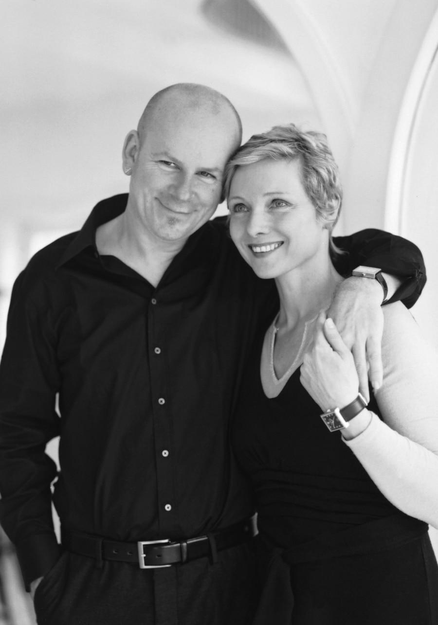 Teamarbeit: Rainer Brand ist für die Uhrmacherei zuständig, seine Frau Petra Anja für alles andere