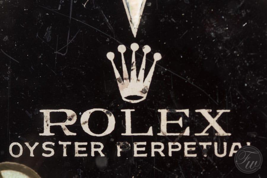 Rolex: Vintage Submariner, Rolex-Krone und Rolex-Schriftzug