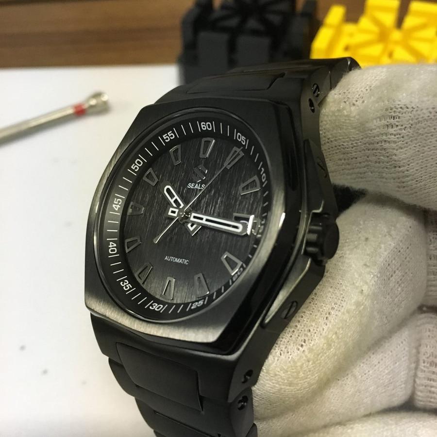 Seals Watch Co.: Model A