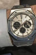 Wristshot: Der Audemars Piguet Royal Oak Chronograph in Edelstahl mit silberfarbenem Zifferblatt