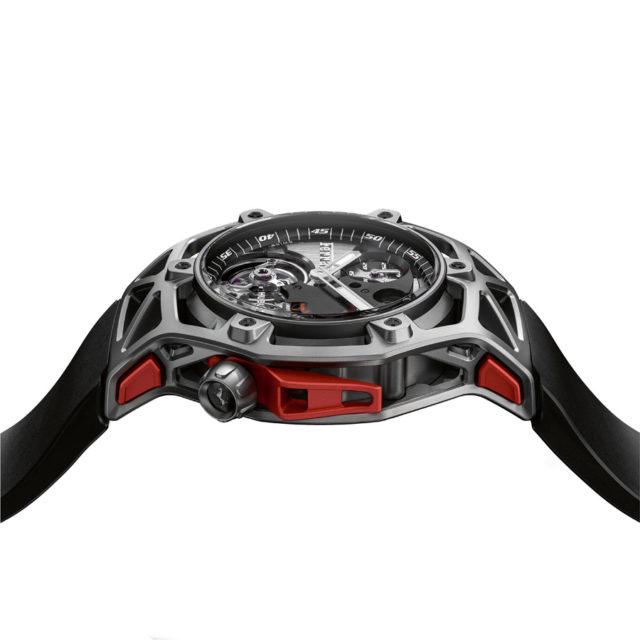 Das Design der Hublot Techframe Ferrari 70 Years Tourbillon Chronograph stammt komplett von Ferrari