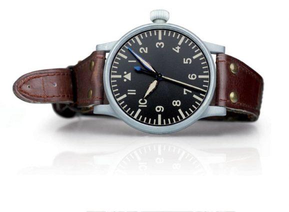 Stowa: Historische Flieger-Beobachtungsuhr Baumuster A aus dem Zweiten Weltkrieg