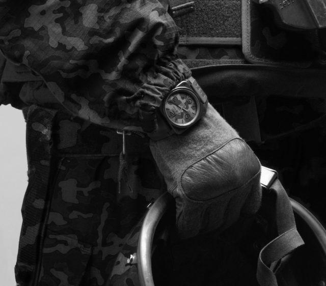 Die BR 03-92 Black Camo von Bell & Ross tarnt sich nach militärischen Standards