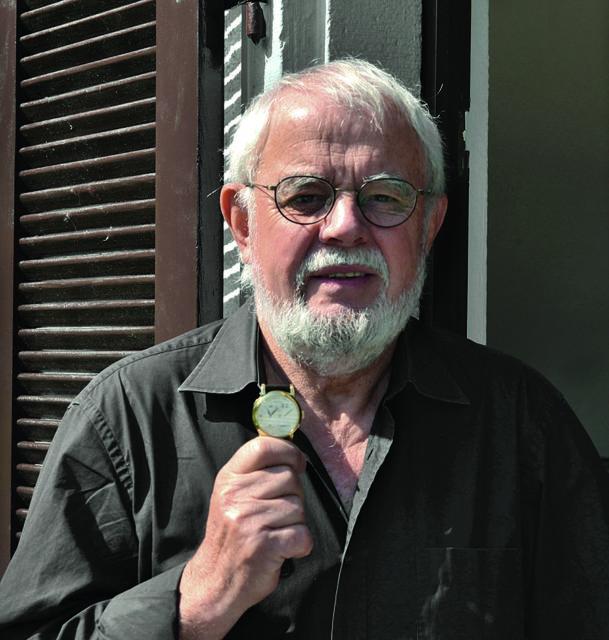 Manfred Fritz zeichnet als Autor für zwei Bücher, über die Jaeger- LeCoultre Reverso und die IWC Grande Complication, verantwortlich. Er ist außerdem Uhrenjournalist und Watchstars-Juror.