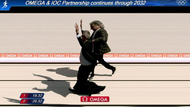 Weltberühmt: Symbolisches Omega-Photofinish mit Nick Hayek und Thomas Bach