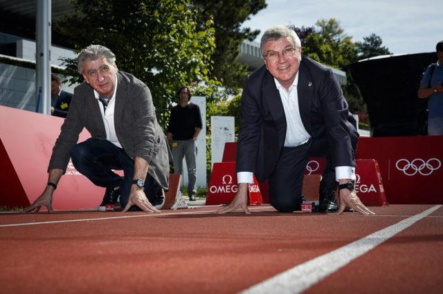 Gemeinsam am Start: Nick Hayek für Omega und IOC Präsident Thomas Bach