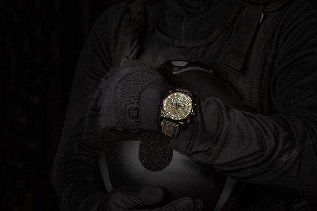 Hanhart: Primus Black Ops Pilot
