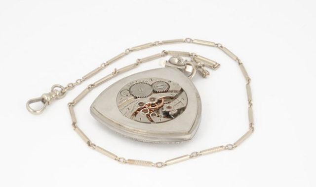 Das Uhrwerk in Al Capones Taschenuhr