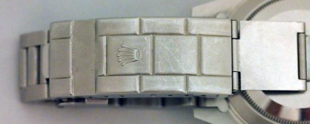 Rolex Submariner 14060M mit geschlossener Schließe