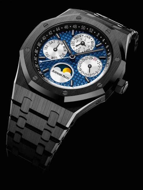Audemars Piguet Royal Oak Perpetual Calendar Only Watch, Unique Piece: ewiger Kalender, Gehäuse aus schwarzer Keramik mit blauem Grande-Tapisserie-Zifferblatt (Schätzwert: 73.000 - 110.000 Euro)