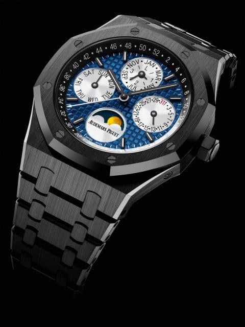 Audemars Piguet Royal Oak Perpetual Calendar Only Watch, Unique Piece: ewiger Kalender, Gehäuse aus schwarzer Keramik mit blauem Grande-Tapisserie-Zifferblatt (Schätzwert: 73.000 - 110.000 Euro)