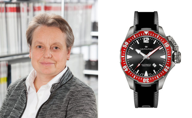 Martina Richter, stellvertretende Chefredakteurin UHREN-MAGAZIN, ist von der Hamilton Khaki Navy Frogman aus Titan überzeugt