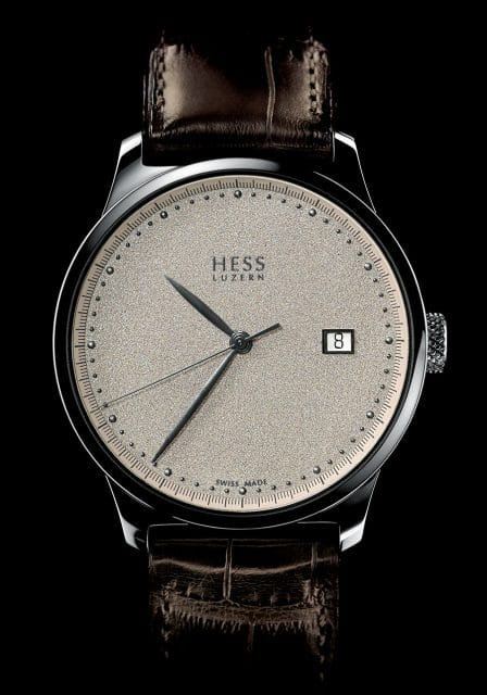 Hess Uhren: Two.2 Diamantstaub mit champagnerfarbenem Zifferblatt
