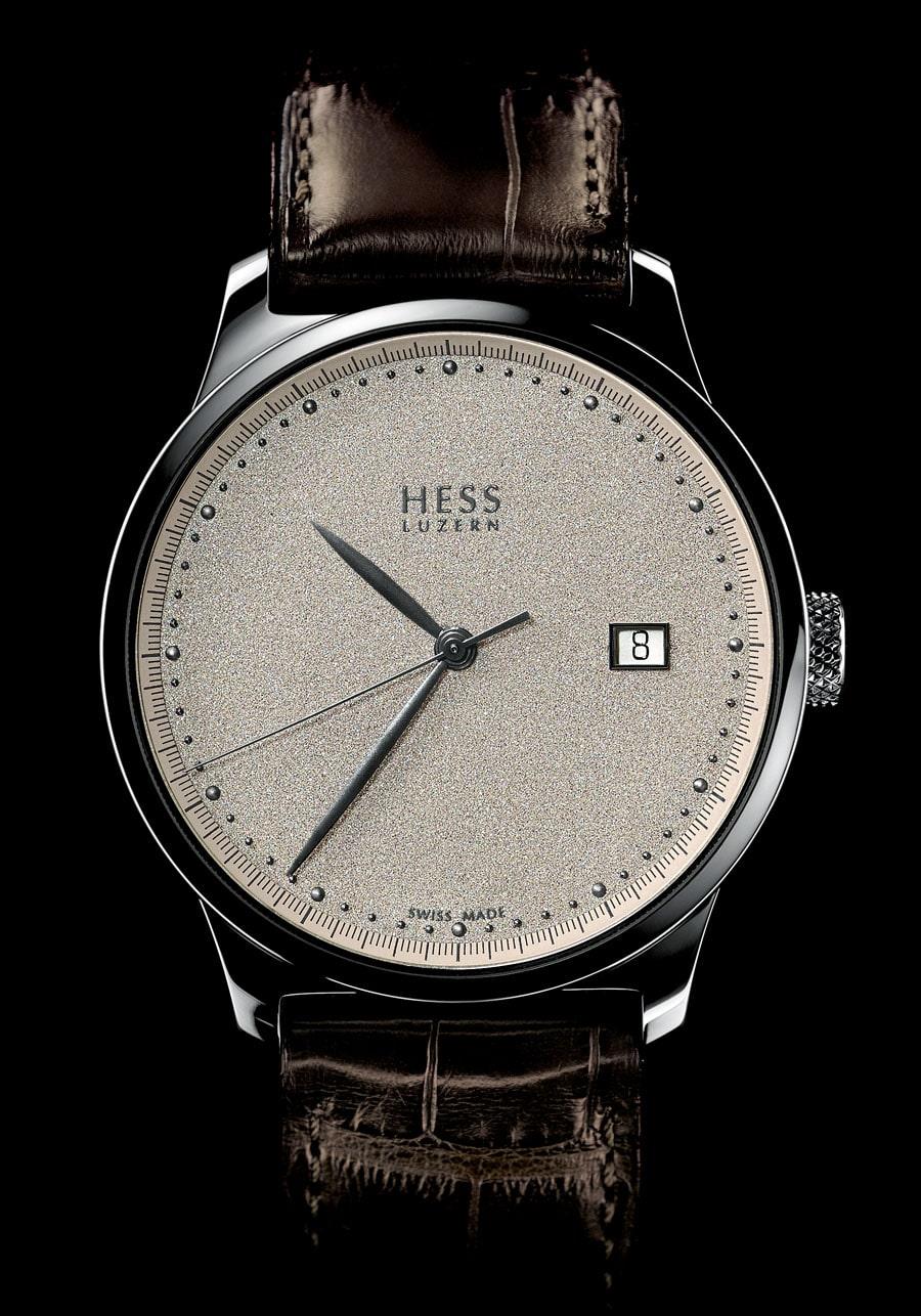 Hess Uhren: Two.2 Diamantstaub mit champagnerfarbenem Zifferblatt