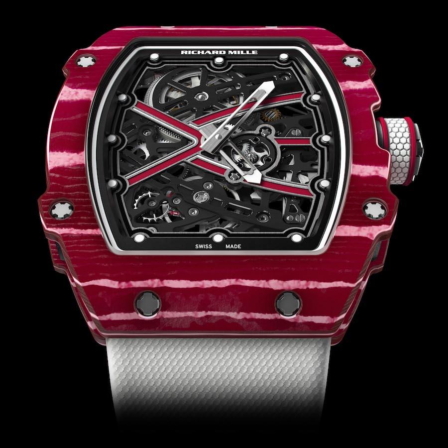 Die Richard Mille RM 67-02 Mutaz Essa wiegt inklusive Armband nur 32 Gramm.