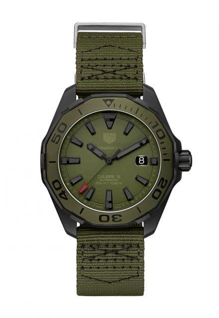 Grün getarnt: die TAG Heuer Aquaracer Camouflage 300 Meter Calibre 5