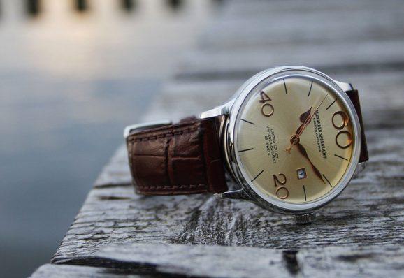 Das Modell Vintage V5 arbeitet mit einem historischen russischen Automatikwerk. 1.225 Euro.