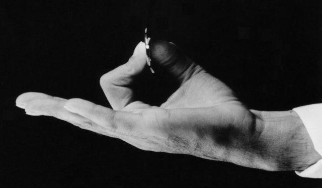 Flachstes Handaufzugskalber: Jean Lassale Kaliber 1200 von 1978