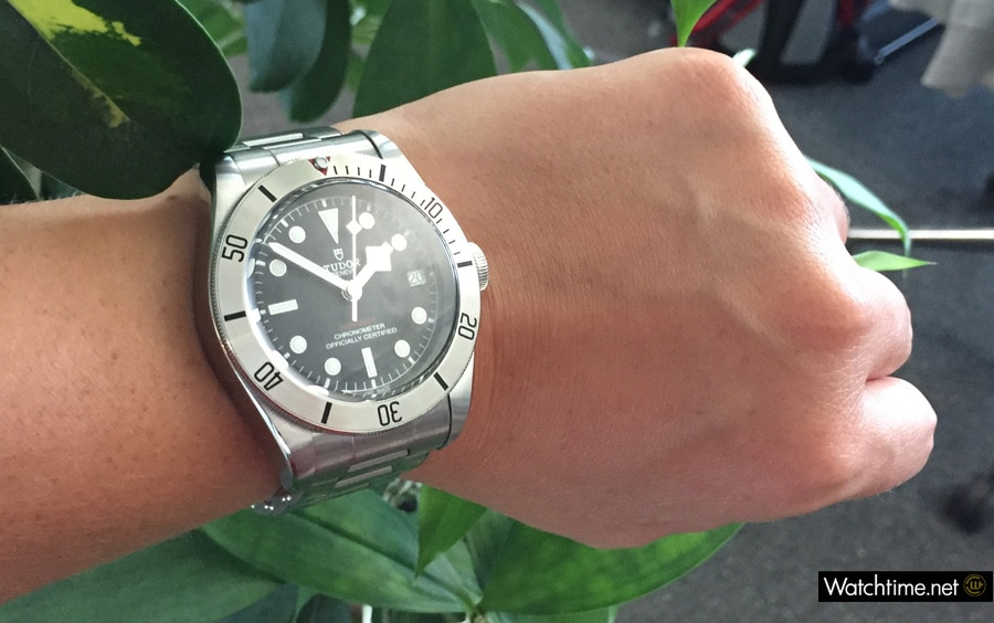 Die Tudor Heritage Black Bay Steel am Handgelenk
